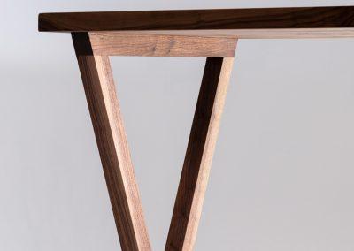 Ripple desk_CyrylZ Design